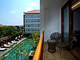 Top 20 Luxury Hotels Near Sunset Road Kuta