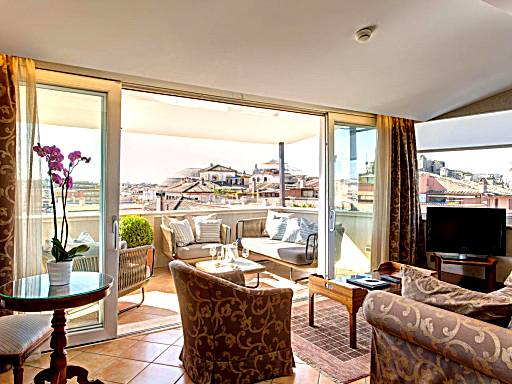 Top 20 Hotel Rooms With Balcony Or Private Terrace In Rome
