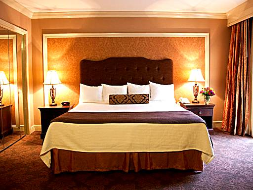 17 Hotel Rooms With Jacuzzi In New Orleans Anna S Guide