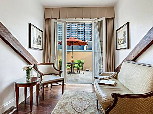 18 Hotel Rooms With Balcony Or Private Terrace In New Orleans